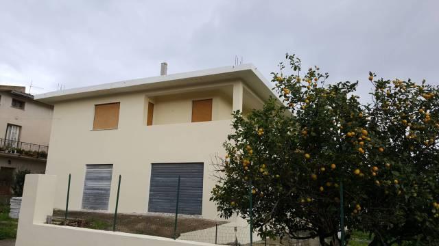 Palazzo-stabile Vendita Siniscola