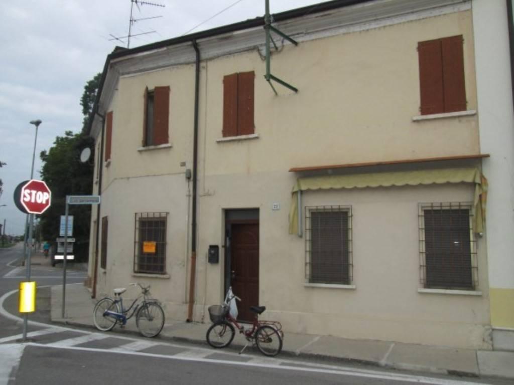 Soluzione Indipendente in vendita a Rodigo, 5 locali, prezzo € 25.000 | CambioCasa.it