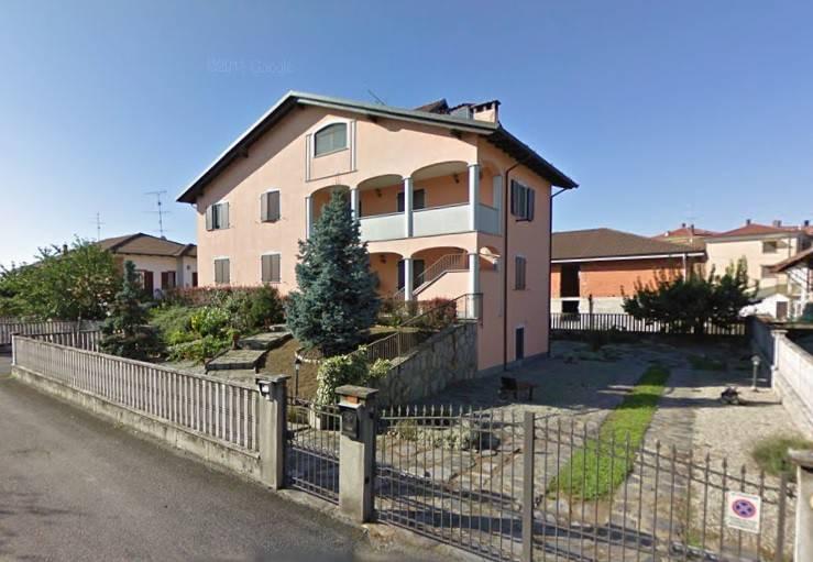 Villa in buone condizioni in vendita Rif. 4408404