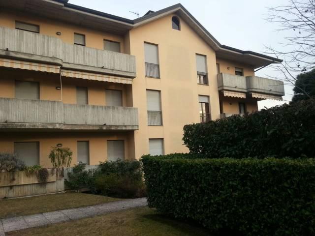 Appartamento in ottime condizioni in affitto Rif. 4879978