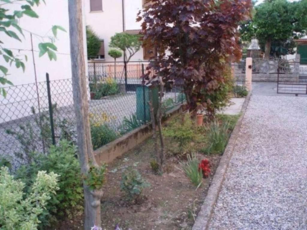 Foto 1 di Casa indipendente via zoli, frazione Glorie, Bagnacavallo