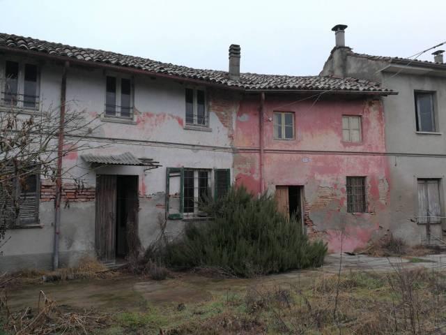 Rustico / Casale da ristrutturare in vendita Rif. 4462832