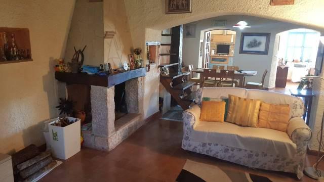 Appartamento in ottime condizioni in vendita Rif. 4998302