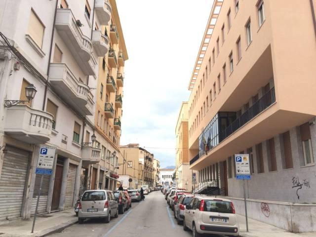 Ufficio bilocale in affitto a Palermo (PA)