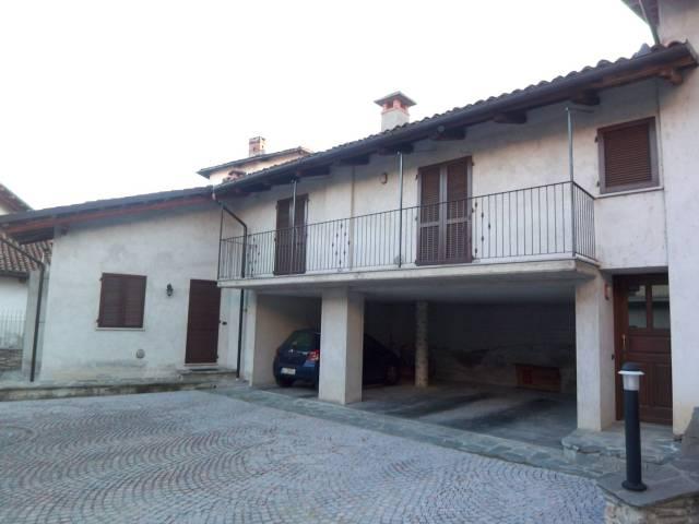 Appartamento in ottime condizioni arredato in affitto Rif. 7017310