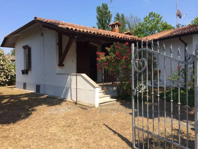 Villa in vendita a Comacchio, 3 locali, prezzo € 130.000 | Cambio Casa.it