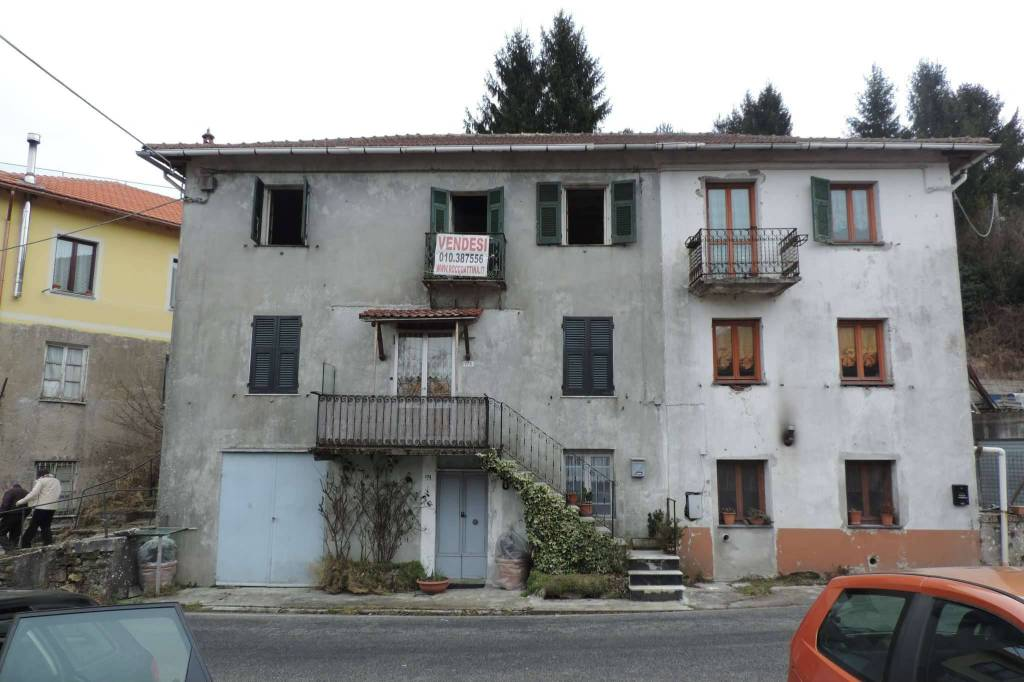 Appartamento in vendita a Torriglia, 6 locali, prezzo € 15.000 | PortaleAgenzieImmobiliari.it