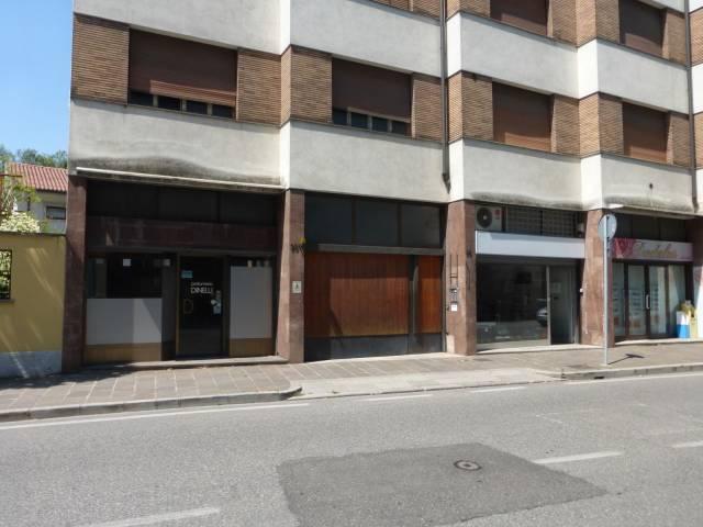 Negozio monolocale in affitto a Udine (UD)