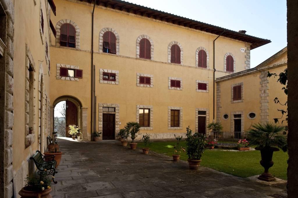 Appartamento in vendita a Poggibonsi, 3 locali, prezzo € 190.000 | PortaleAgenzieImmobiliari.it