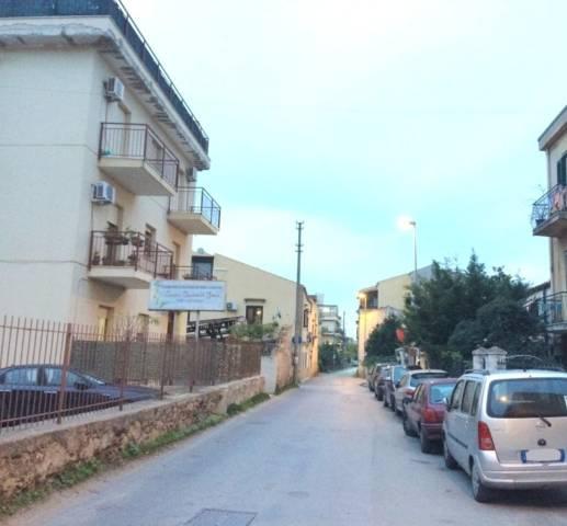 Magazzino in Vendita a Palermo Semicentro:  3 locali, 250 mq  - Foto 1