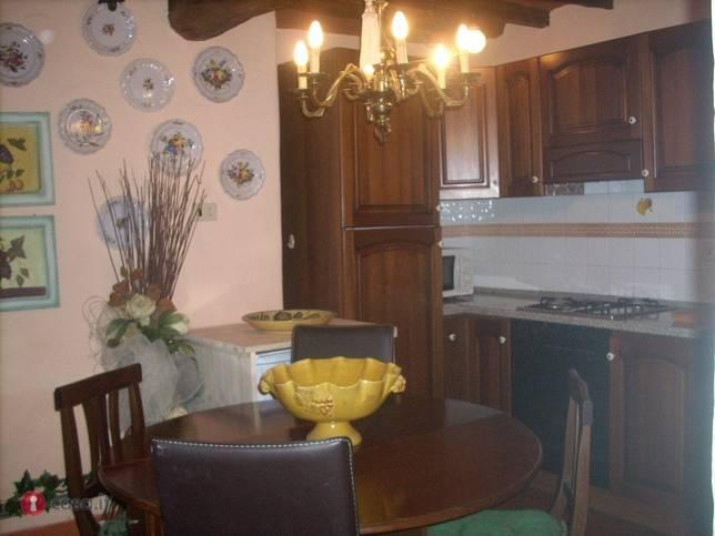 Appartamento in ottime condizioni arredato in affitto Rif. 4375713
