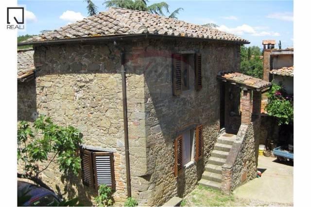 Villa-Villetta  in Vendita a Bucine