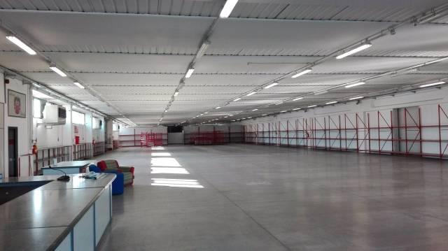 Bosco Mar (AL) S.S. Dei Giovi vendo/affitto negozio di 4200 Rif. 4912042