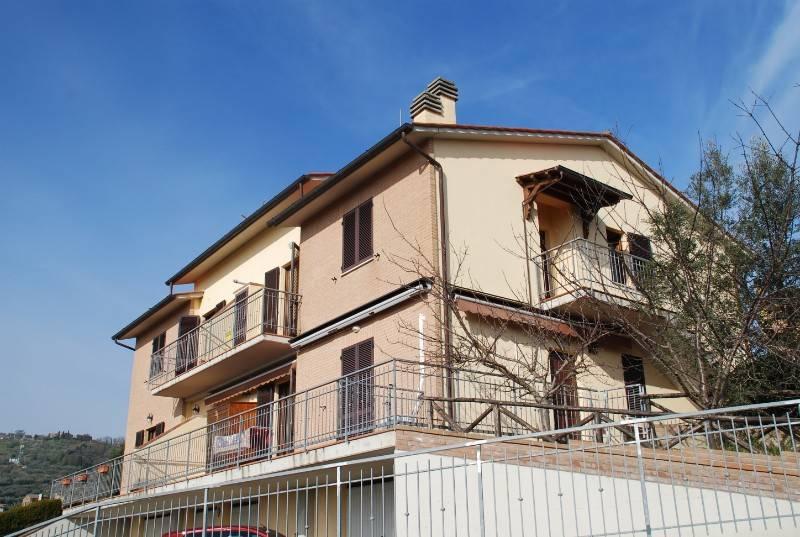 Appartamento in Vendita a Panicale Centro:  4 locali, 117 mq  - Foto 1