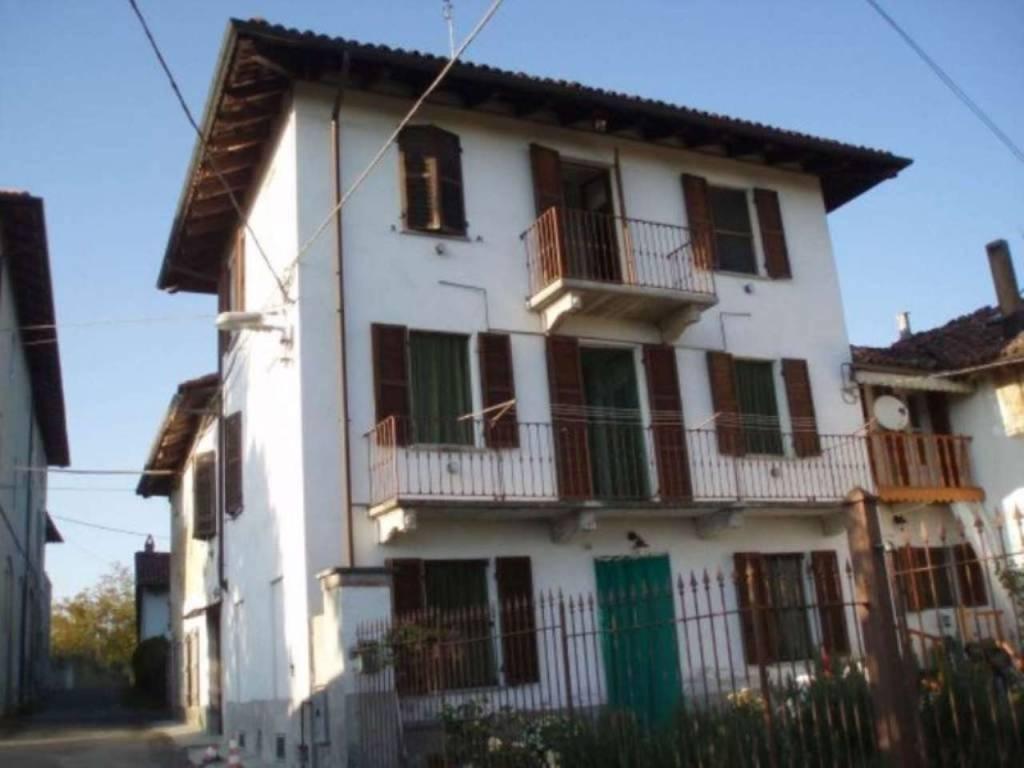 Rustico / Casale in vendita a Viale, 6 locali, prezzo € 79.000 | CambioCasa.it