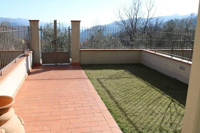 Villetta a schiera in ottime condizioni parzialmente arredato in vendita Rif. 4256876