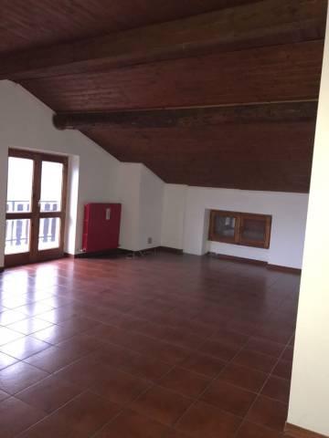 Attico / Mansarda in vendita a Ardenno, 4 locali, prezzo € 79.000 | Cambio Casa.it