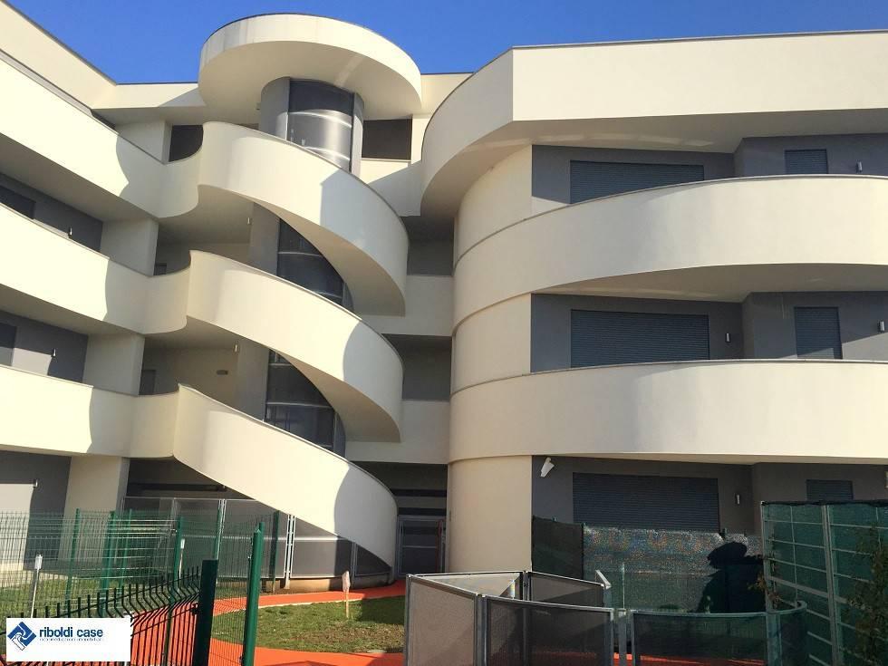 Appartamento in vendita a Cabiate, 2 locali, prezzo € 120.000 | PortaleAgenzieImmobiliari.it