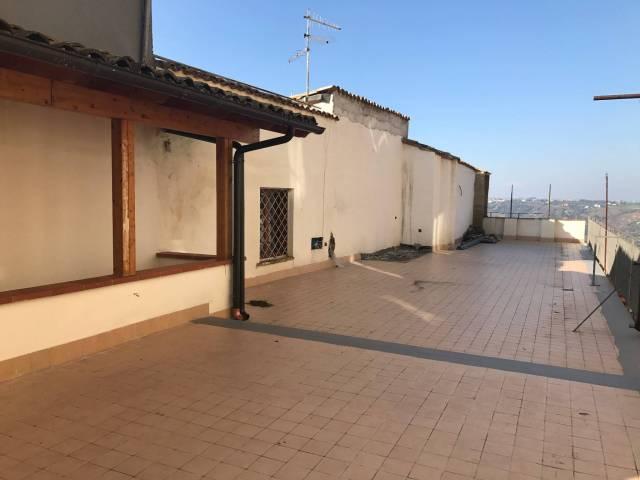 Palazzo-stabile Vendita Lanciano