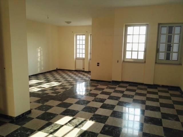 Casa Indipendente in buone condizioni in vendita Rif. 4511260