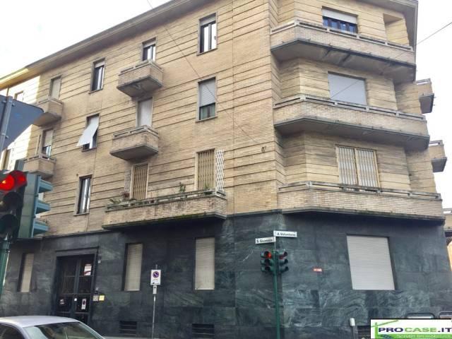 Negozio / Locale in affitto a Saronno, 4 locali, prezzo € 150 | CambioCasa.it