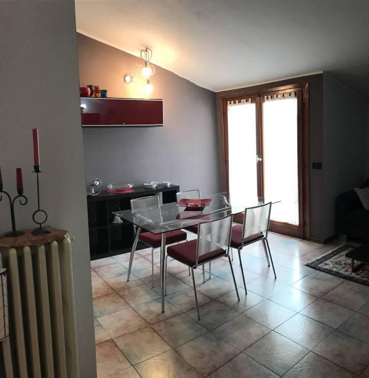 Attico / Mansarda in affitto a Novara, 2 locali, prezzo € 500 | CambioCasa.it