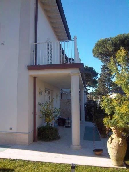 Villa in affitto a Forte dei Marmi, 6 locali, Trattative riservate   CambioCasa.it