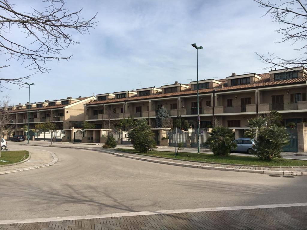 Villetta a schiera in vendita Rif. 8886874