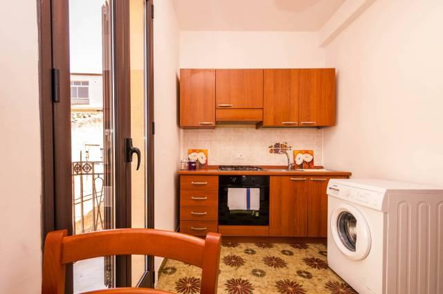 Appartamento in ottime condizioni arredato in affitto Rif. 4504783