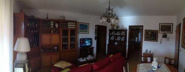 Appartamento in buone condizioni arredato in vendita Rif. 4448320