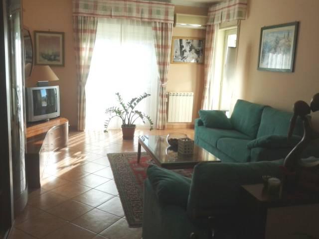 appartamento con sottotetto a Nicolosi