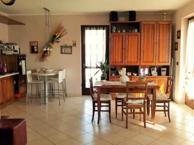 Appartamento in vendita a Bernezzo, 4 locali, prezzo € 225.000 | CambioCasa.it