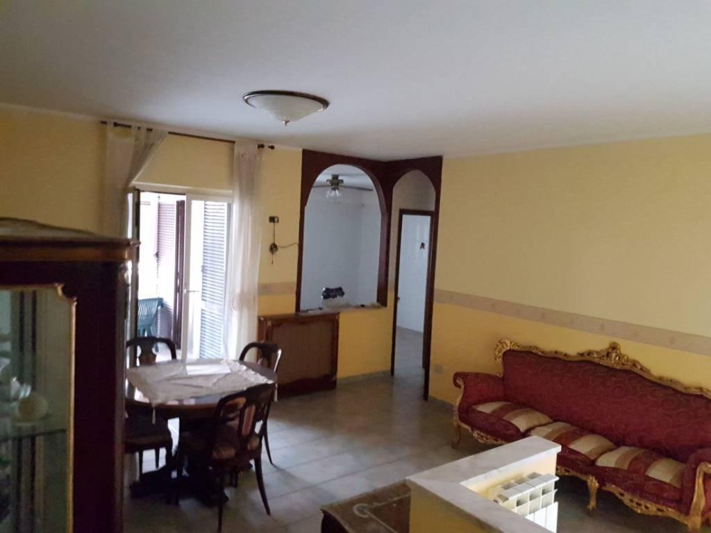 Appartamento in vendita a Acerra, 4 locali, prezzo € 125.000 | PortaleAgenzieImmobiliari.it