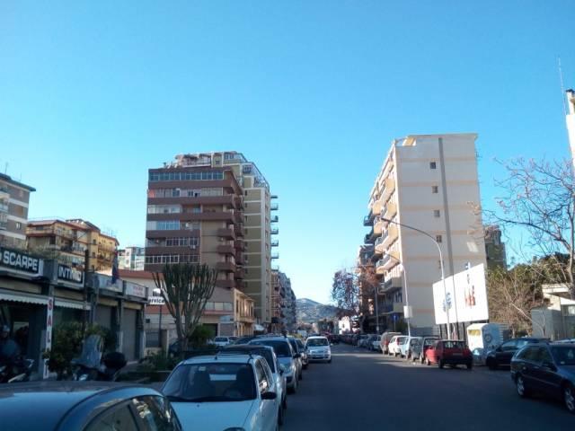 Appartamento in Vendita a Palermo Semicentro:  5 locali, 150 mq  - Foto 1