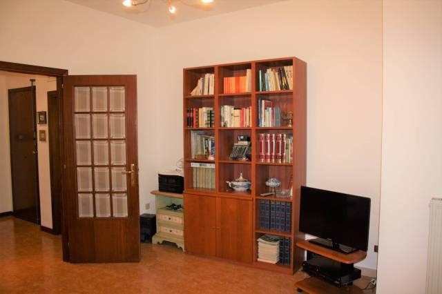 Appartamento in buone condizioni arredato in vendita Rif. 4216023