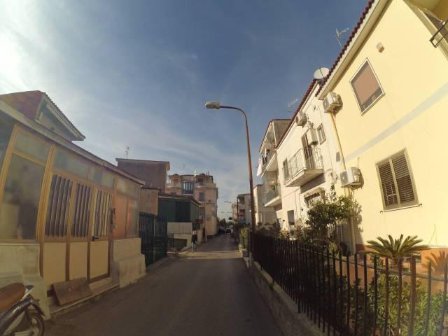 Appartamento da ristrutturare parzialmente arredato in vendita Rif. 5821465