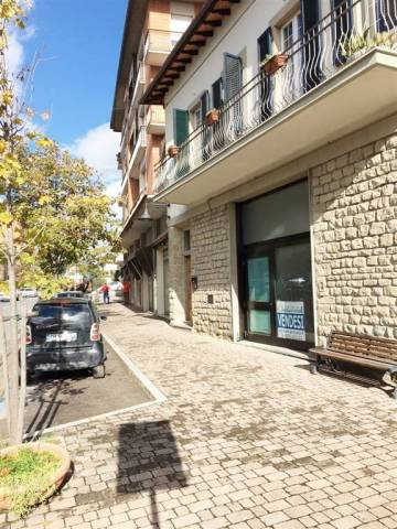 Negozio / Locale in vendita a Cortona, 2 locali, prezzo € 120.000 | Cambio Casa.it