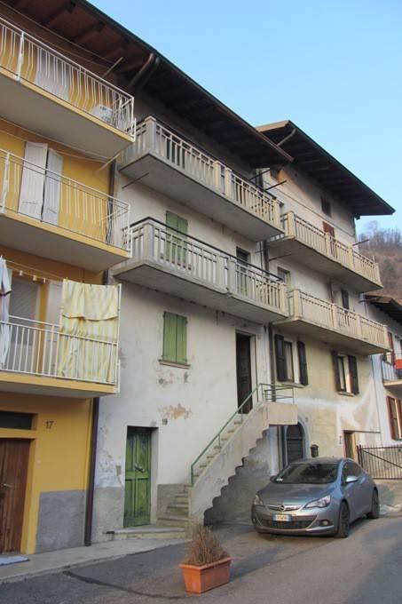 Soluzione Indipendente in vendita a Zogno, 6 locali, prezzo € 59.000 | CambioCasa.it