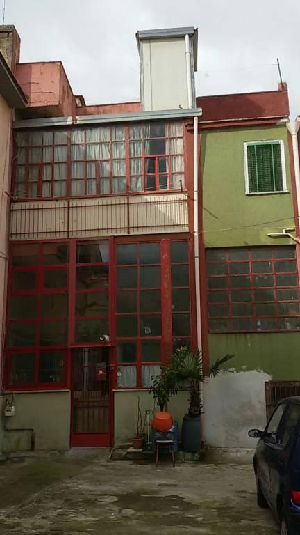 Appartamento da ristrutturare in vendita Rif. 7335435