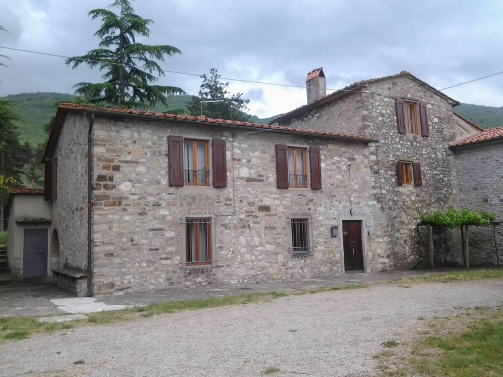 Rustico / Casale in ottime condizioni in vendita Rif. 4919934