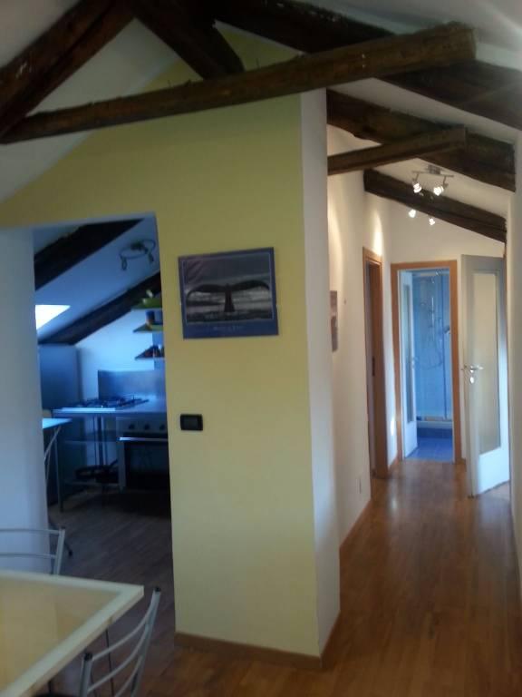 Attico / Mansarda in affitto a Torino, 4 locali, zona San Salvario, Parco del Valentino, prezzo € 615 | PortaleAgenzieImmobiliari.it