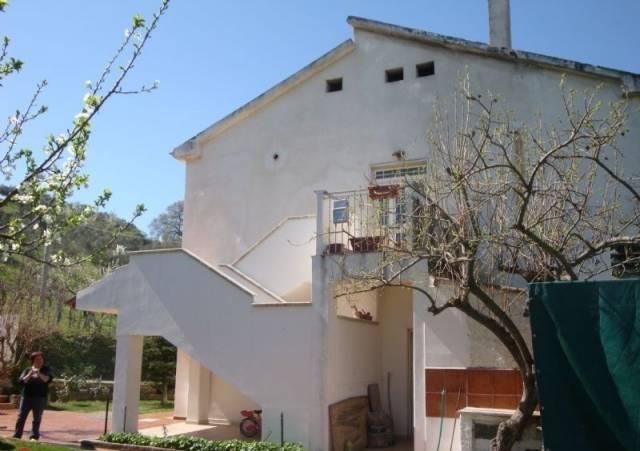 Villa in vendita a Pianella, 6 locali, prezzo € 250.000 | Cambio Casa.it