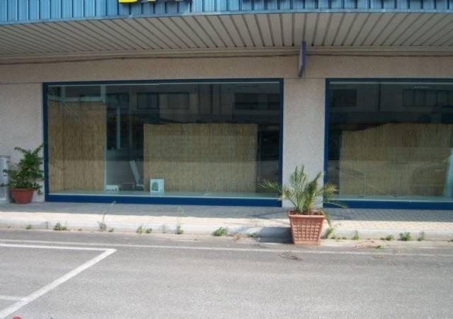 Capannone in vendita a Chieti, 1 locali, prezzo € 255.000 | Cambio Casa.it