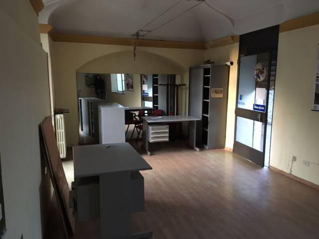 Negozio, ufficio Borgo Ticino Rif. 4335811