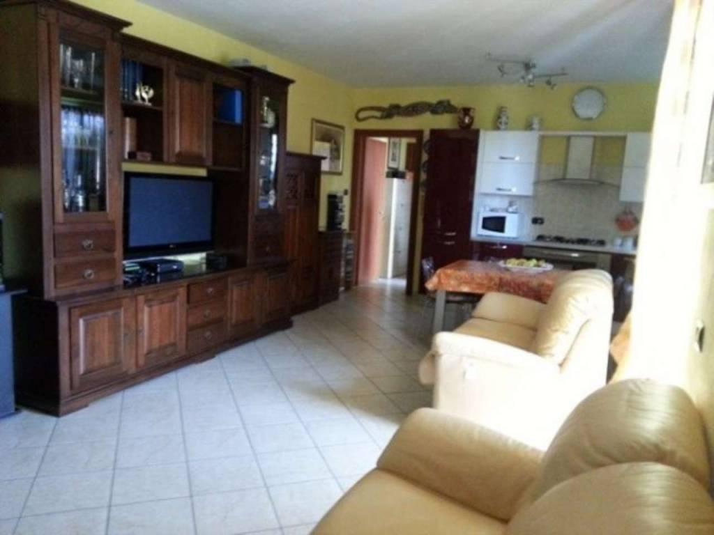 Appartamento in vendita a Alessandria, 3 locali, prezzo € 95.000 | CambioCasa.it