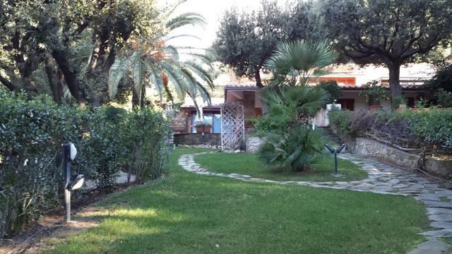 Villa in ottime condizioni arredato in affitto Rif. 4825124