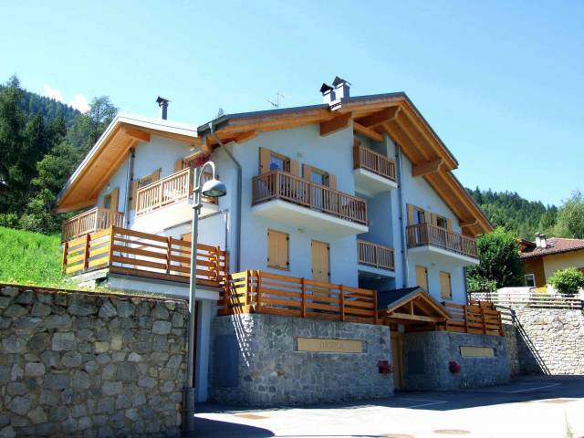 Appartamento  in Vendita a Molveno