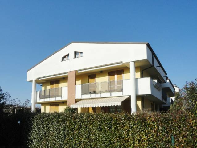 Appartamento in vendita a Busnago, 3 locali, prezzo € 128.000 | Cambio Casa.it
