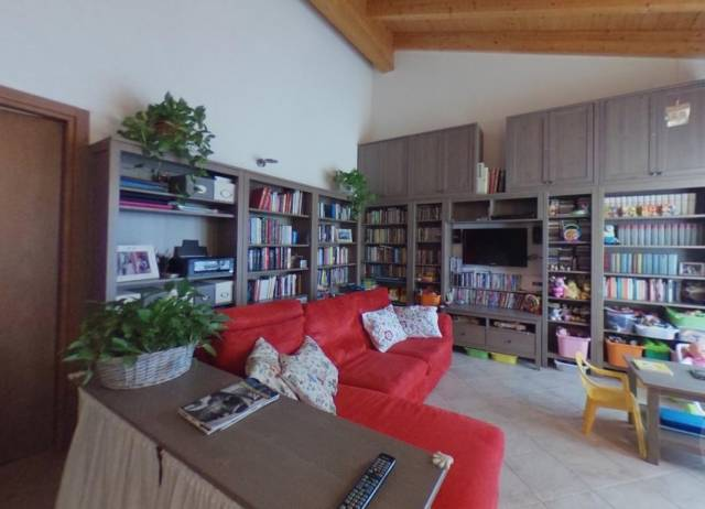 Appartamento in vendita a Cava Manara (PV)