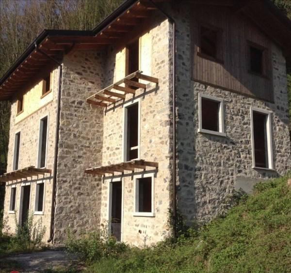 Villa in vendita a Lavenone, 4 locali, prezzo € 140.000   PortaleAgenzieImmobiliari.it